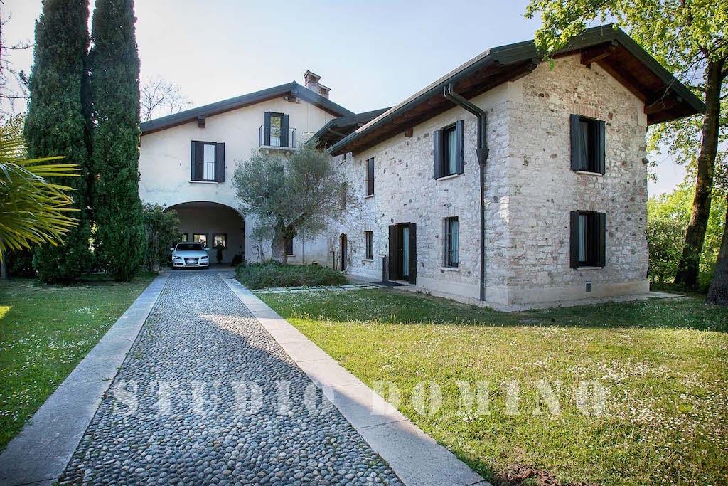 Villa di pregio in vendita, Sirmione (BS)