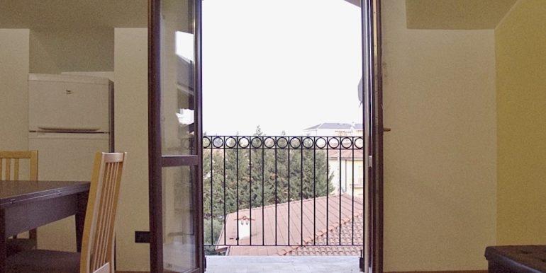 5.balcone soggiorno.